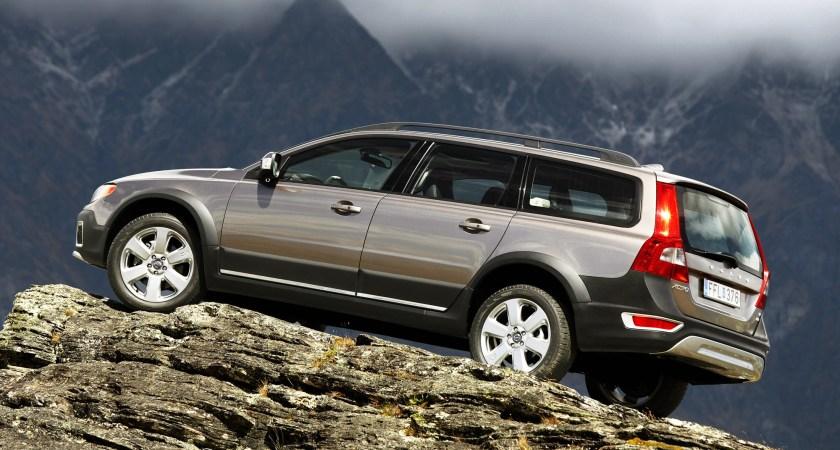 Volvo är svenskens favoritbilmärke – igen