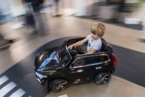 Hela familjen kan provköra framtiden på elbilsmässan