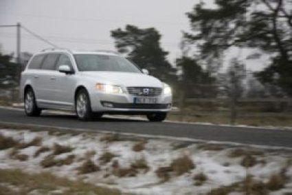 Nu kan bilägare få varningar om halt väglag i realtid 1