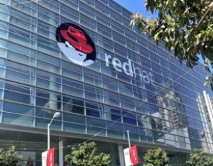 Nyhetssammanfattning Red Hat Summit - dag 1 1