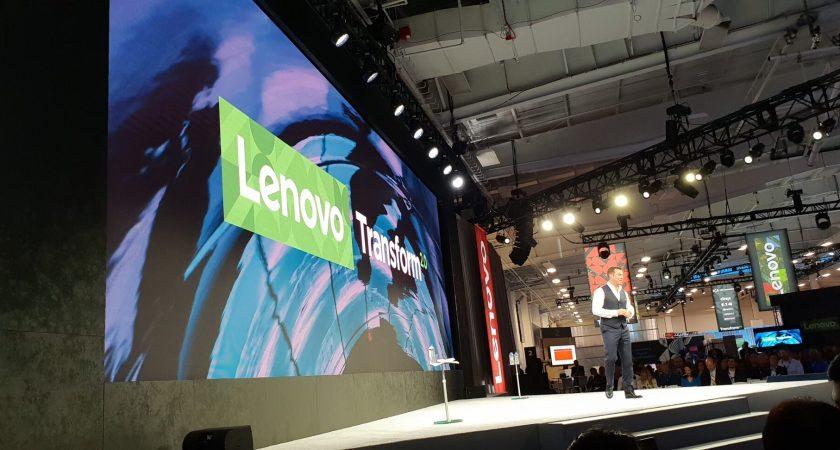 Lenovo växlar upp med strategiskt partnerskap
