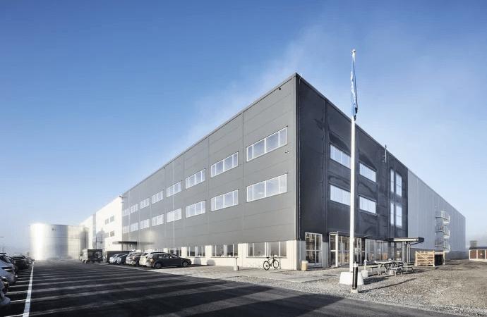 Zalando och Ingram Micro öppnar sitt första logistikcenter i Norden