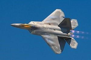 """Red Hat Open Innovation Labs gav en """"afterburner"""" till utvecklingen av F-22"""