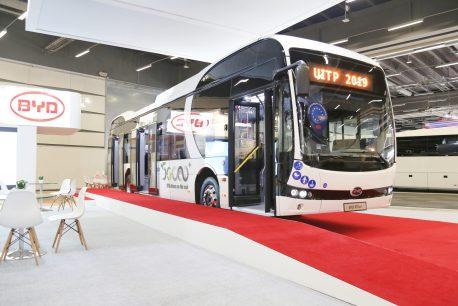 BYD visar sin populära eBuss i Stockholm kollektivtrafiksevent på UITP 1