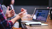 Ny undersökning visar att fyra av tio anställda oavsiktligt kommit över uppgifter om kollegors löner