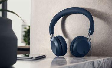 Jabra presenterar de nya over-ear hörlurarna Jabra Elite 45h på CES 2020 1