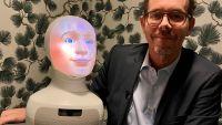 Vision första fackförbund att rekrytera med AI-robot