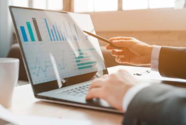 Stripe ingår i partnerskap med Salesforce och hanterar betalningarna i Commerce Cloud plattformen 1