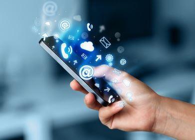 Allt fler e-handlar med mobilen