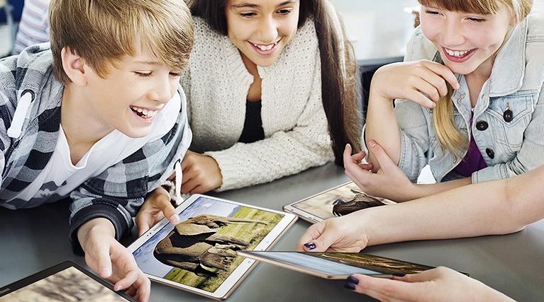 Kris i svensk skola − digitala läromedel saknas