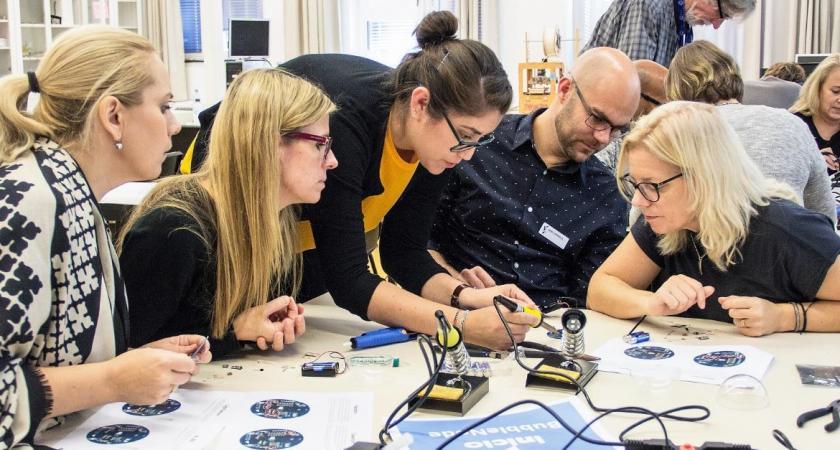 Nu gör Sveriges unga sina gymnasieval – osäkerheten ledde Mikaela till att driva en startup 10 år senare