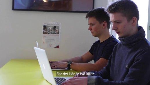 Eleverna Gustav och Max skapade nytt dataspel 1