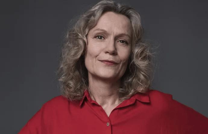 Åsa Wikforss tilldelas Natur & Kulturs populärvetenskapliga pris