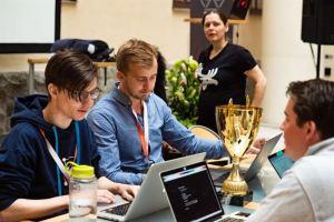 Tävlingsutmaningarna klara för årets Hack for Sweden 1