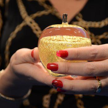 Lärarpriset Guldäpplet kliver in på Sveriges största lärarscen – Bokmässan i Göteborg