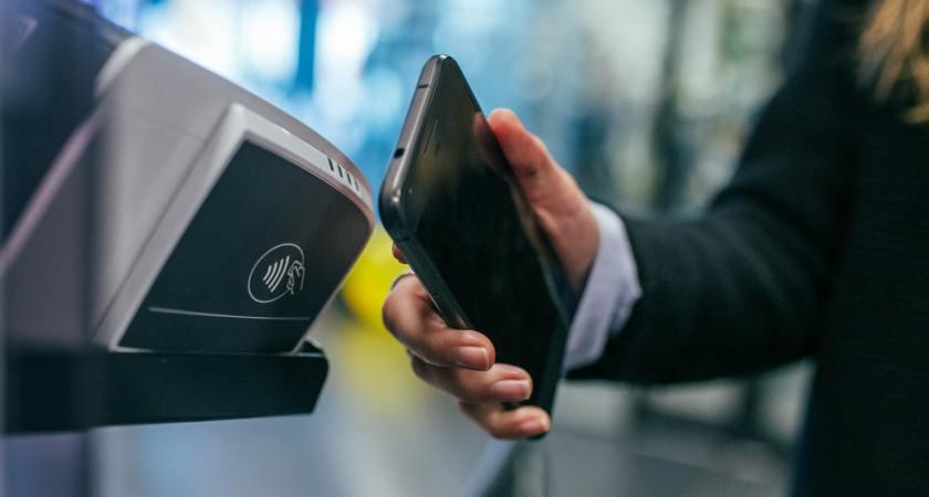 Konsumenter välkomnar mer digital teknik i butikerna – tre av fyra vill endast ha självbetjäningskassor
