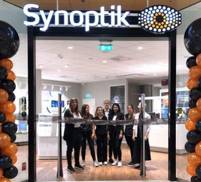 Synoptik öppnar ny butik i Fältöversten på Östermalm och startar lokal glasögoninsamling till Optiker Utan Gränser 1