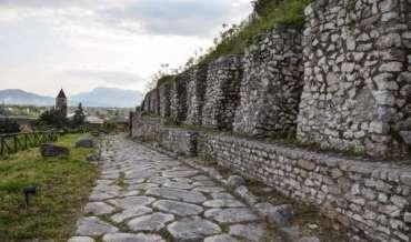 Cassino: La Porta di Roma Antica