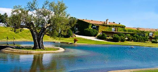 Agriturismo con piscina in Toscana relax in piscina nel verde