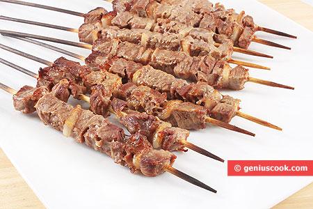 Arrosticini di Carne di Agnello o di Pecora  Gastronomia