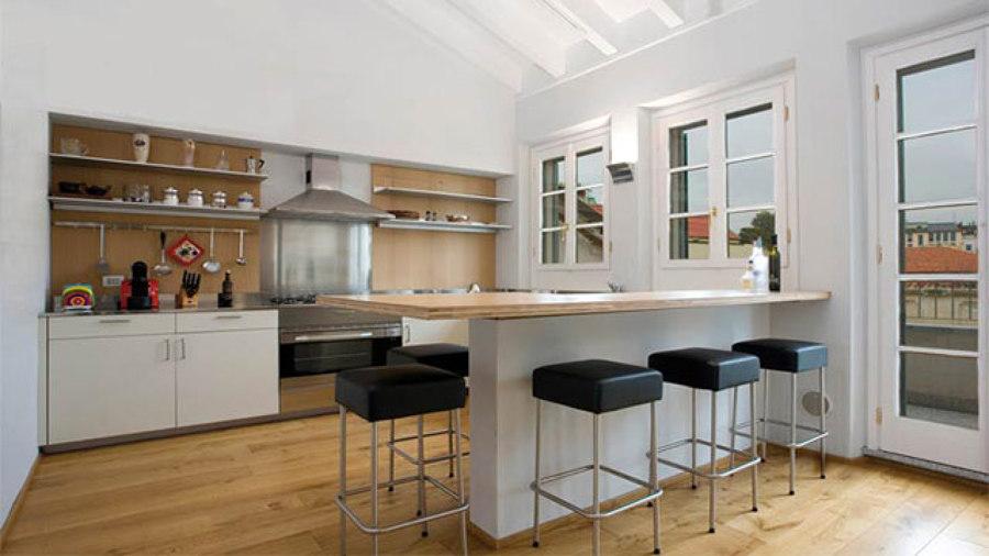Foto Cucina con Bancone di Paolo Alberto Zorzoli