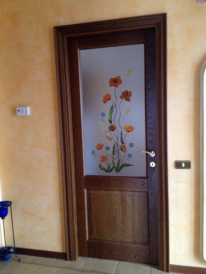 Foto Porta con Vetro Decorato a Mano di 035 Serramenti E