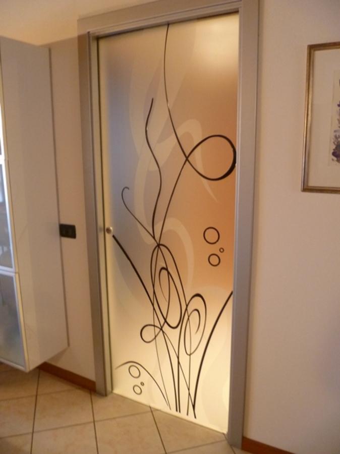 Foto Porta In Vetro Decorata di Vetrivart 168321