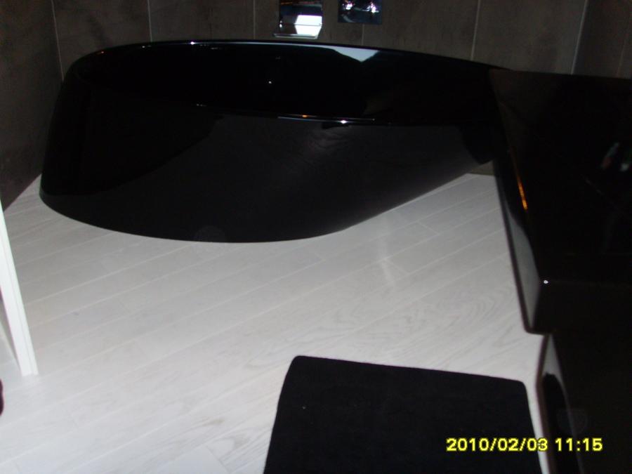 Foto Rovere Bianco Asoluto Bagno Nero di Dg Parquet