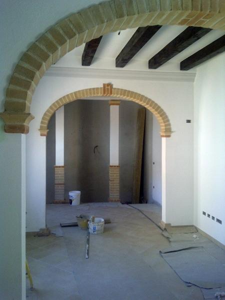 Foto Archi In Mattone sardo e Solaio In Legno di