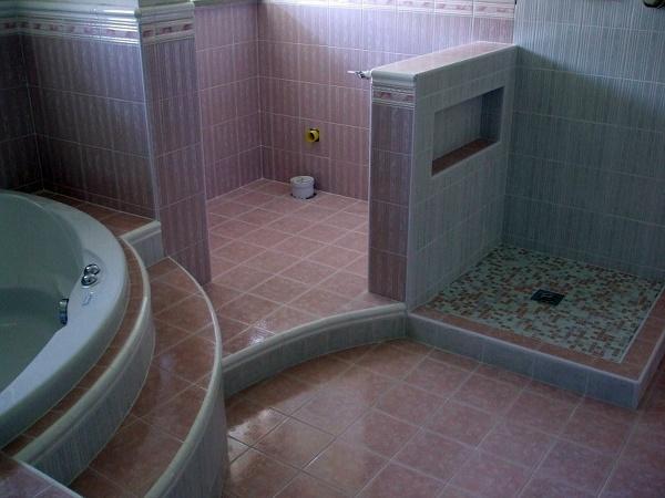 Foto Costruzione Bagno con Vasca e Piatto In Muratura di Gam Di Abdel Ayad 108977  Habitissimo