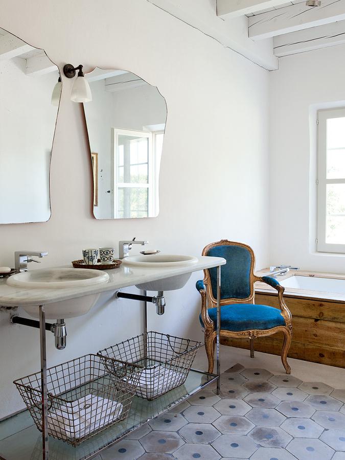 Foto Arredamento Bagno Casa In Campagna di Valeria Del