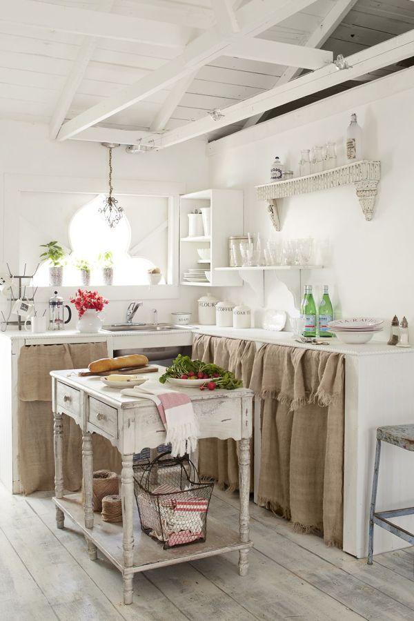 Foto Cucina In Muratura In Stile Shabby Chic di Rossella Cristofaro 625123  Habitissimo