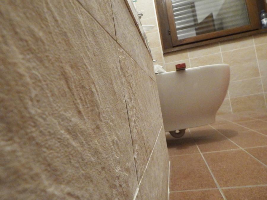Foto Gres Porcellanato Effetto Pietra di Ready Casa Italy