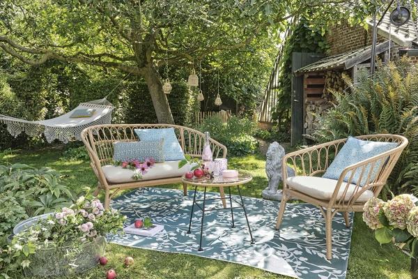 Molto ampia è la gamma di divani e poltrone, tavoli e tavolini,. Foto Arredamento Giardino Maisons Du Monde Di Rossella Cristofaro 818191 Habitissimo