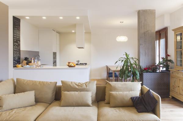 Foto La Cucina Ad Isola con Lilluminazione Integrata Nel