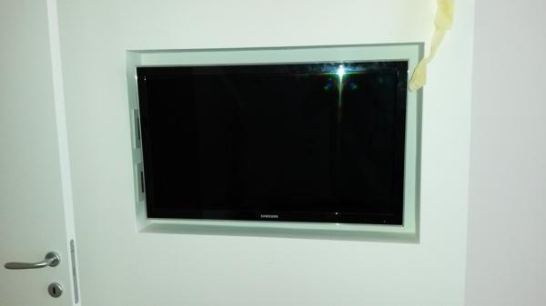 Foto TV Ad Incasso In Cartongesso di Decor Casa Casape