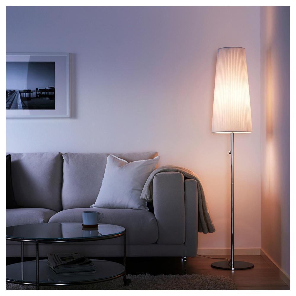 Ikea Lampade Con Da Arredatore Esterno L D Tavolo E Interni
