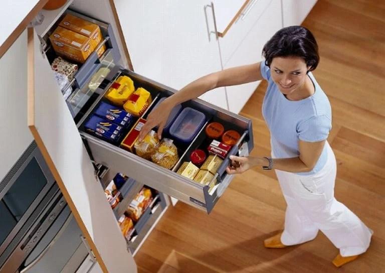 Ripiani, contenitori, piani lavoro e persino banconi snack. Cucina Ikea Parte 3 Ricco Mondo Interiore