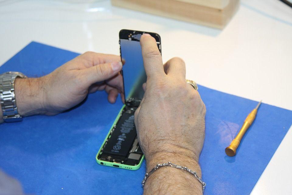 Telefonų remontas ar geriau ieškoti naujo įrenginio?
