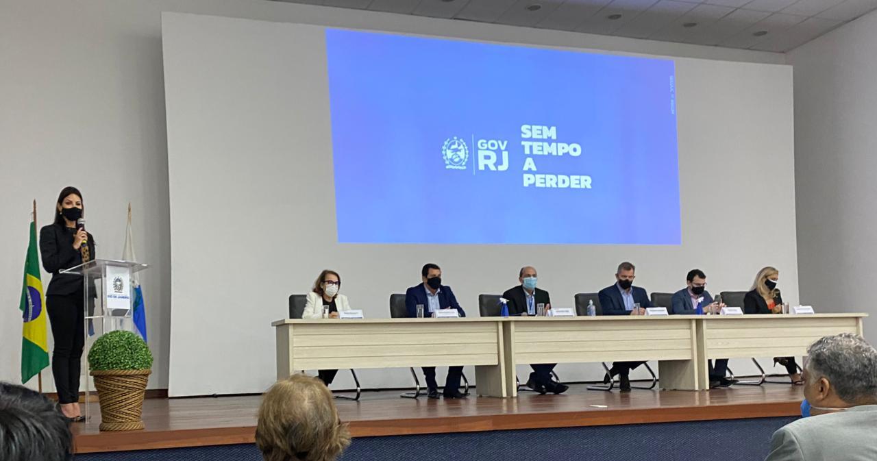 Secretário de Educação de SFI participa de Encontro no Rio de Janeiro