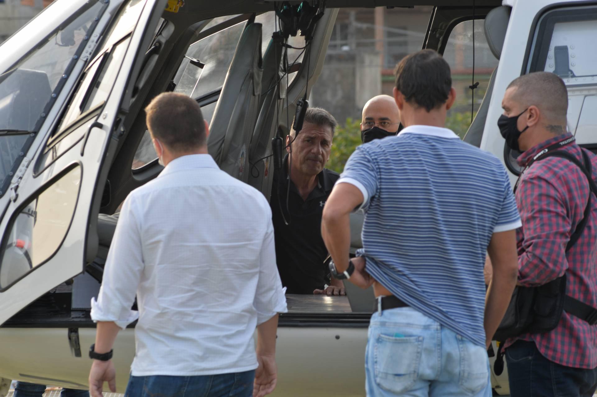 Sequestro de helicóptero: polícia identifica suspeitos de tentar resgatar traficantes