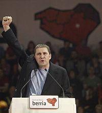 Arnaldo Otegi, dirigente della sinistra indipendentista basca, ha scontato diversi anni di prigione per i suoi vincoli con il gruppo armato ETA