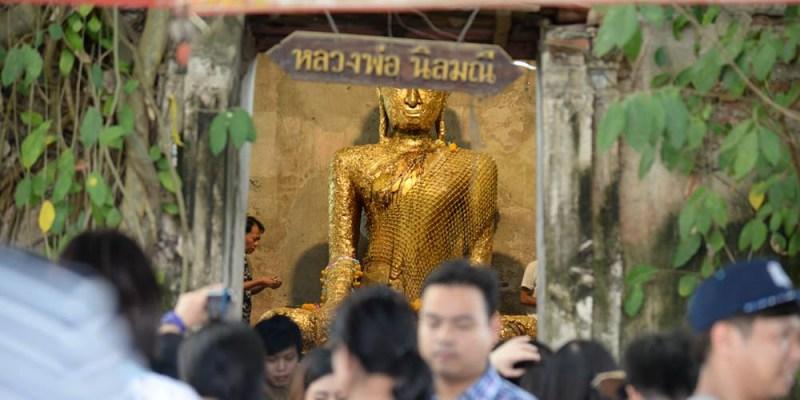 泰國一日遊行程|樹中廟 Wat Bang Kung 祈求身體健康 動物園、泰拳公園、戰機公園走馬看花