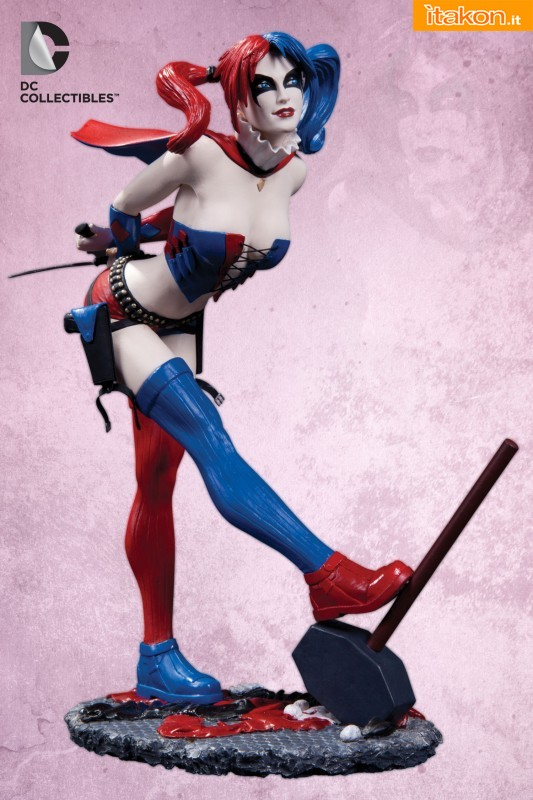 DC Collectibles: DC COMICS COVER GIRLS: HARLEY QUINN STATUE