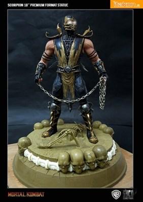Scorpion 18'' Exclusive Base da Syco Collectibles - Anteprima