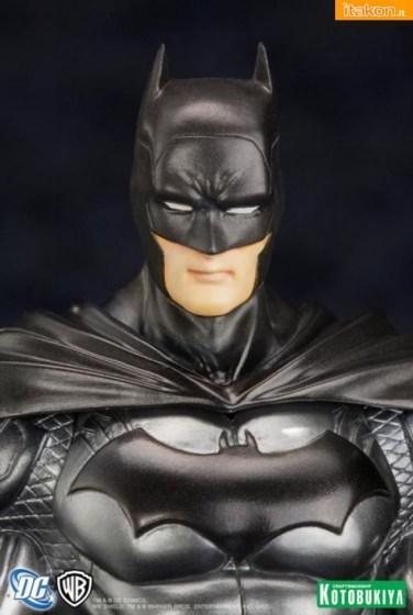 Batman New 52 ARTFX+ Statue da Kotobukiya - Anteprima