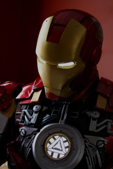 Iron Man Mark VI Legendary Scale Bust (4)
