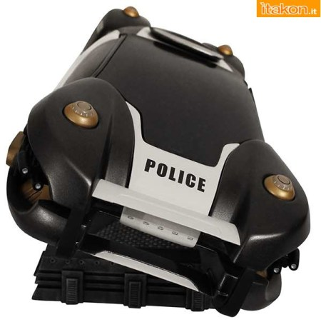 Flying Police Car statue (4)