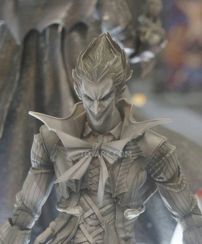Toy-Fair-2014-Square-Enix-DC-Comics-Play-Arts-Kai-THUMB