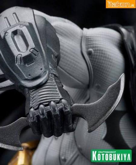 Batman: Arkham City: Batmam ARTFX+ 1/10 statue di Kotobukiya